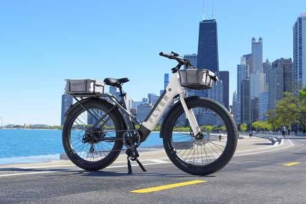 Flyer white eBike on Chicago lake front trail
